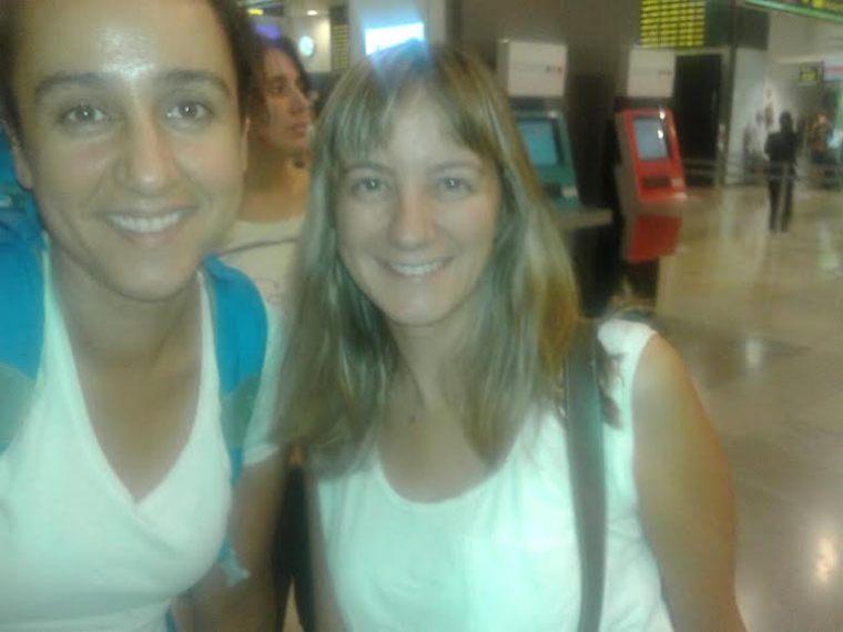 la foto que nso enviaron Mónica y Maika  por whatsApp desde Barajas