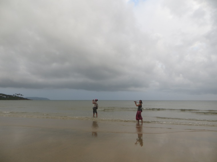 mónica y Bárbara en Playa Palolem