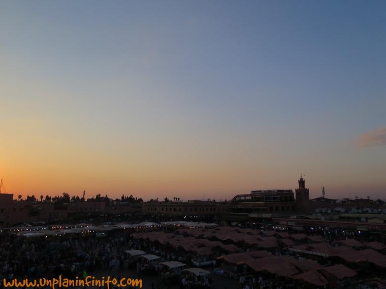 Puesta de sol en La Jemaa