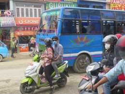 tráfico en kathmandu