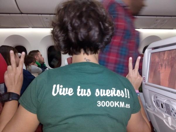 Ali avión Nepal 3000km