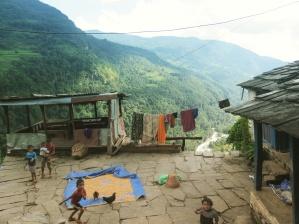 Niños jugando, Nepal