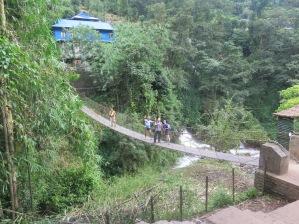 Puente colgante, Nepal