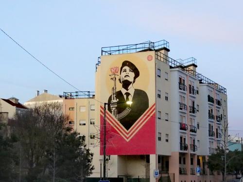 Mural la revolución de los claveles, Lisboa
